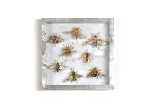 Vliegen, Collectie V Handgebreid, in zinken doos van 20-20 cm